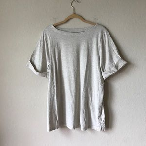 🙀Pick 3 for $10-- Grey tee